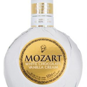 mozart_white_chocolate_vanilla_cream_500ml_bottleshot_november_2017