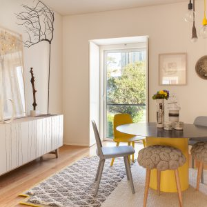 Living_in_Yellow (1)